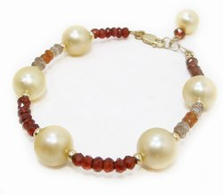 South Sea Pearl Bracelet with sapphires