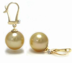 Golden South Sea Pearl Earrings Leverback