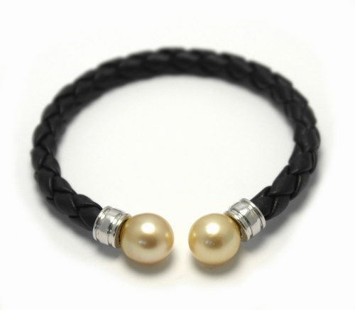 Gold Pearl on Leather Bracelet