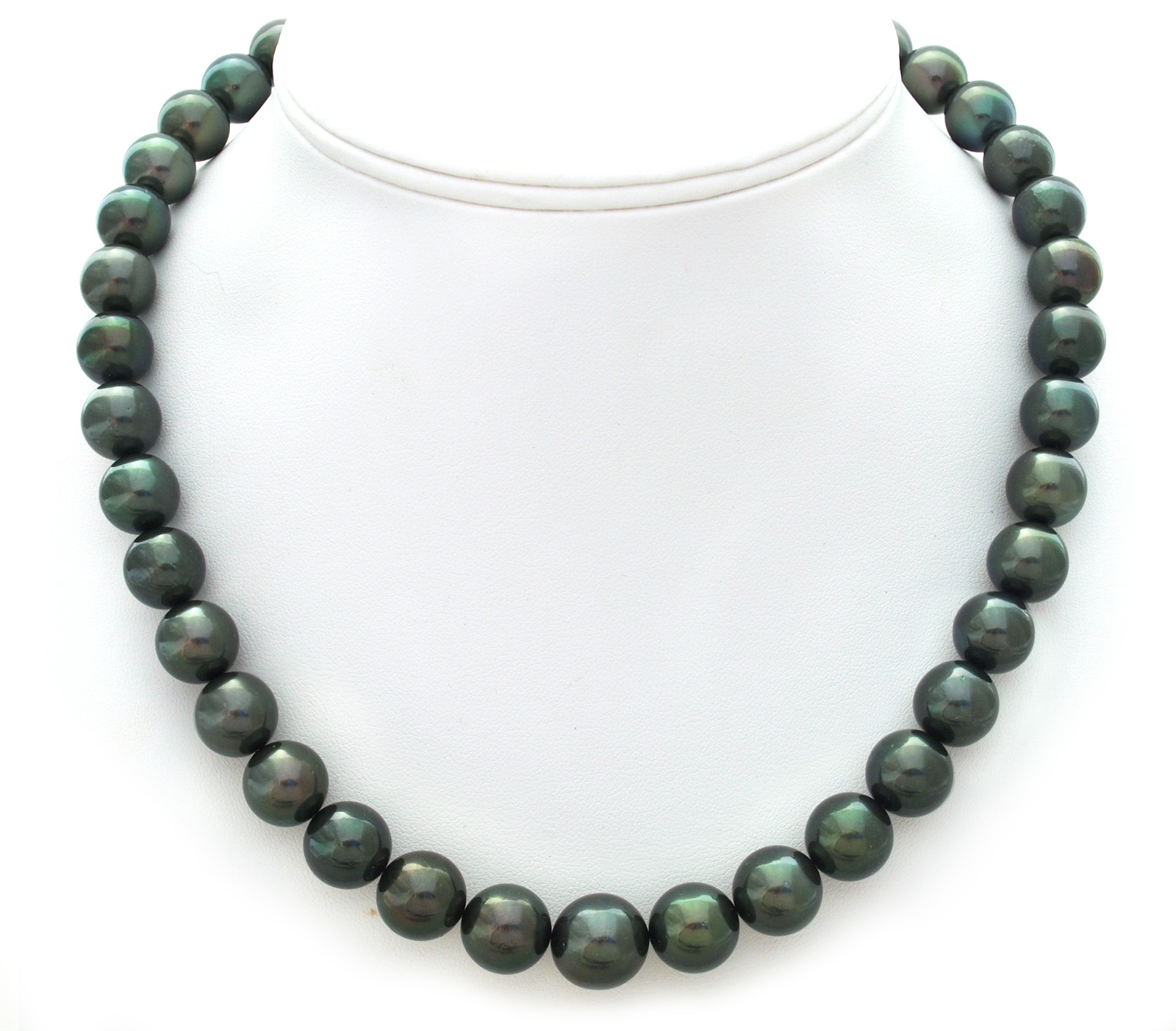 green tahitian pearl necklace with peacock