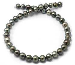 Roundish Tahitian Pearl necklace